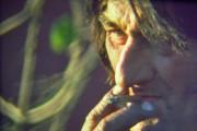 """Charlie i musikkvieoen """"Lengter hjem"""". Foto fra filmen."""