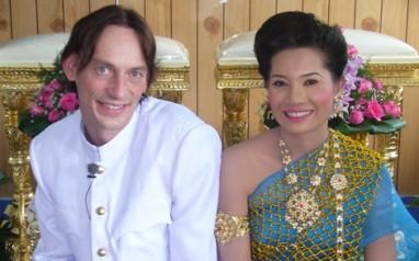 Odd Vidar og Noy Letrud fra forrige runde av Et lite stykke Thailand.
