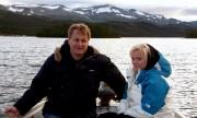 Erik Martin Berge og Benedikte Svensson Øygard på fisketur på Vaset. Foto Kenneth Elvebakk.